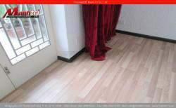 Sàn gỗ công nghiệp màu sáng