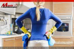 Mẹo vặt chùi rửa sàn gỗ công nghiệp, sàn gỗ tự nhiên và đồ dùng gỗ trong nhà