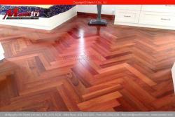 Sàn gỗ tự nhiên dùng được trong bao lâu?