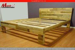 Gia công giường ngủ từ gỗ pallet