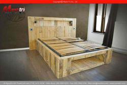 Gỗ pallet làm giường trong phòng ngủ