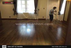 Không gian sang trọng với sàn gỗ Chiu Liu nhà chị Thương, Quận 1, TP.Hồ Chí Minh