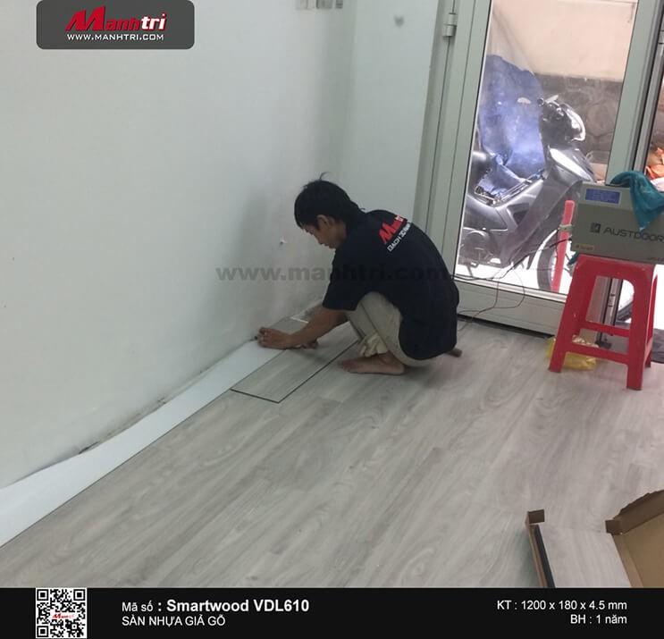 Thi công sàn nhựa giả gỗ Smartwood VDL610 tại Lê Quốc Hưng, P.12, Q.4