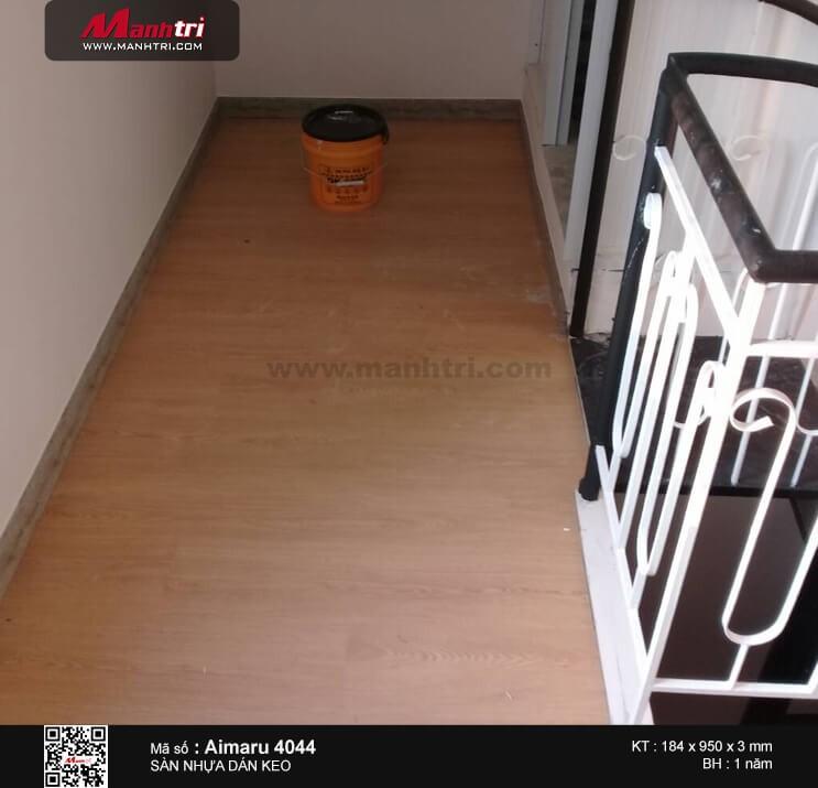 Thi công sàn nhựa giả gỗ Aimaru 4044 tại Ngã Ba Tân Vạn, Q.9