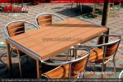 Ghế nhựa và gỗ ngoài trời sặc sỡ cho ngoại thất quyến rũ
