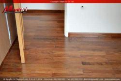 Ván sàn gỗ tự nhiên giá rẻ