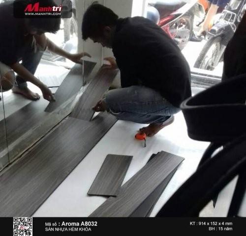 Thi công sàn nhựa hèm khóa Aroma A8032 tại Mạc Thị Bười, Q.1