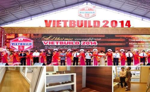 Gỗ công nghiệp dùng lót sàn nhà tại triển lãm VietBuild quận 7, TPHCM