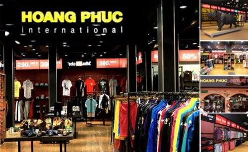 Thi công sàn gỗ công nghiệp cho cửa hàng giầy Hoàng Phúc Việt Nam