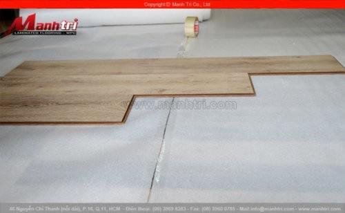 Lót sàn gỗ có cần trải xốp hay không?