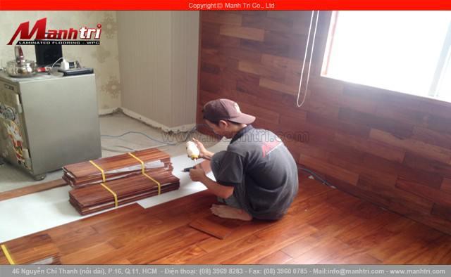 Lắp đặt sàn gỗ tự nhiên Căm Xe