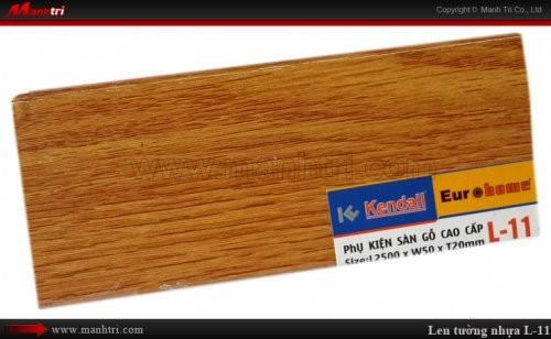 Len chân tường sàn gỗ L 11
