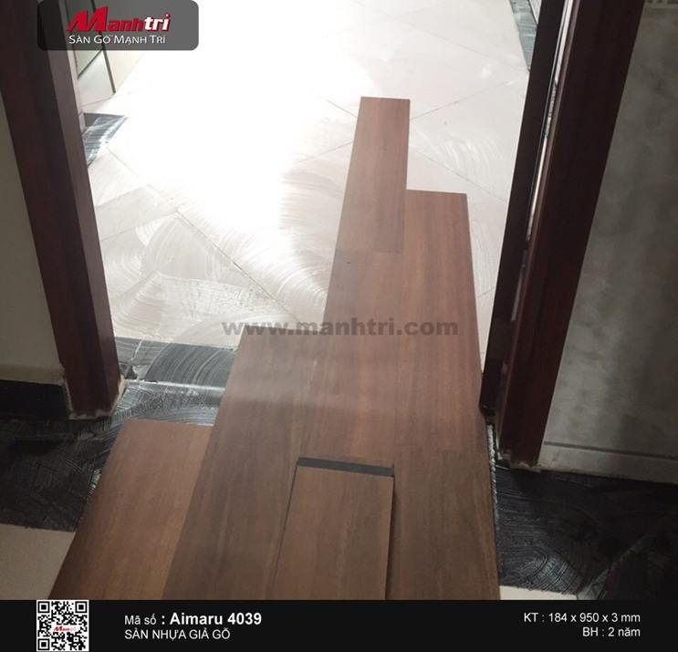Lắp đặt sàn nhựa giả gỗ Aimaru 4039 tại Q.Bình Tân, TP.HCM