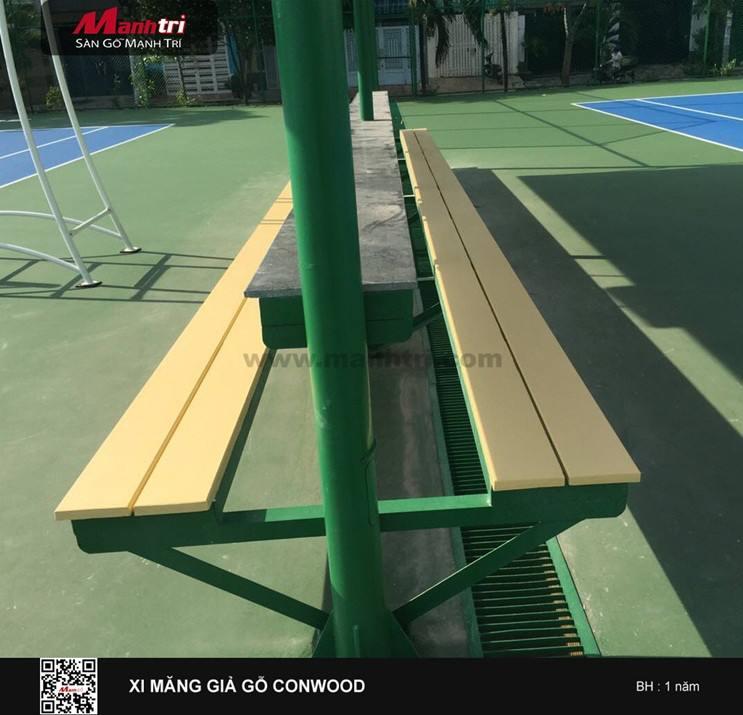 Thi công mặt ghế conwood sân tennis tại Quận 6, TP.HCM