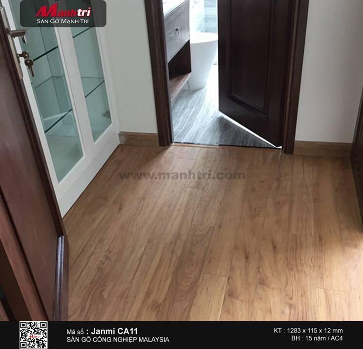 Lót sàn gỗ công nghiệp Janmi CA11 tại Chung cư Vista Vedee, TP.HCM