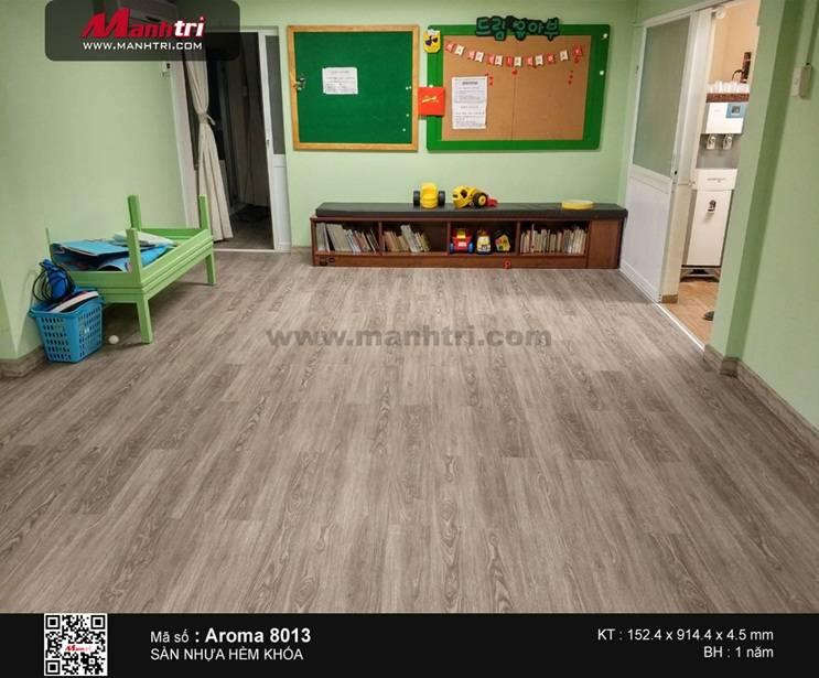 Lắp đặt sàn nhựa hèm khóa Aroma 8013 tại Q.7, TP.HCM