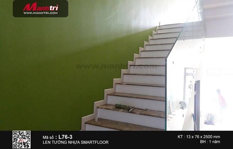 Thi công len tường cầu thang Smartfloor L76-3 tại Q.Tân Phú, TP.HCM