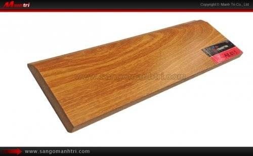 Len tường sàn gỗ AP403
