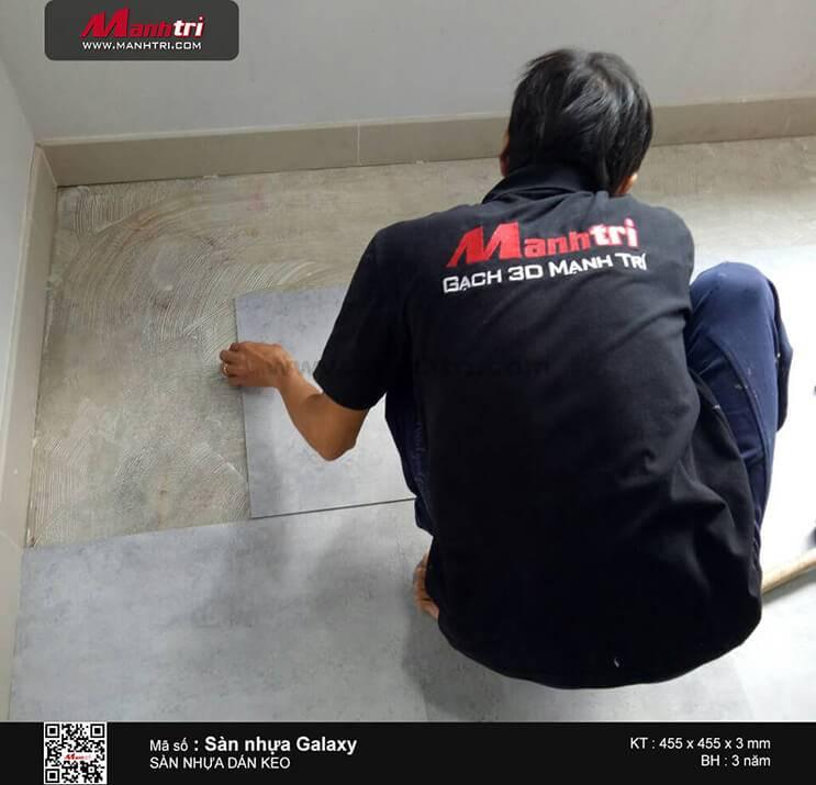 Thi công sàn nhựa Galaxy MSS 3206 tại Nơ Trang Long, P13, Q.Bình Thạnh
