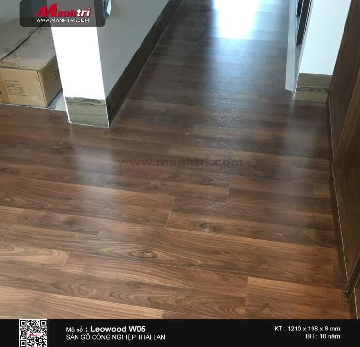 Thi công sàn gỗ công nghiệp Leowood W05 tại Khu dân cư An Khánh, P. An Phú, Q.2