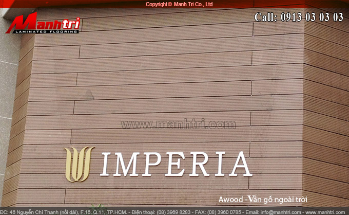 Hình ảnh gỗ ngoài trời làm bảng hiệu tại công ty xây dựng vita