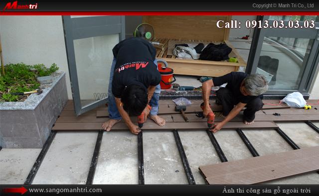 Bắt đầu lắp đặt gỗ ngoài trời Awood HD140x25