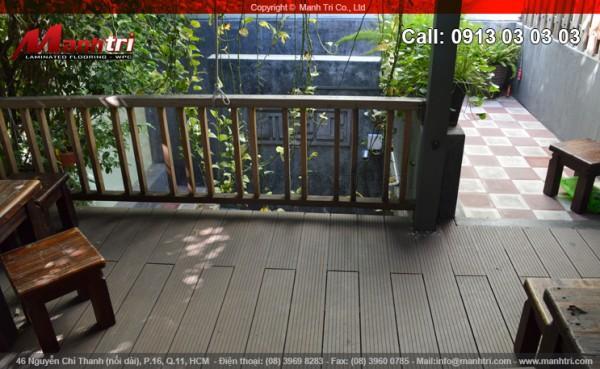 Cafe tại quận Phú Nhuận dùng gỗ nhựa Awood HD140x25 lót sàn