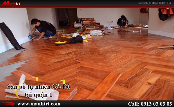 Sàn gỗ tự nhiên Gõ Đỏ lót kiểu xương cá tại quận 1, TPHCM