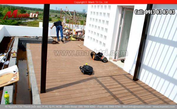 Hình ảnh gỗ nhựa Awood lót sàn hoàn thiện tại ngôi biệt thự quận 7, TPHCM
