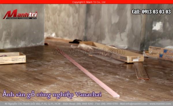 Hình ảnh sàn gỗ công nghiệp cùng nẹp nối sàn gỗ