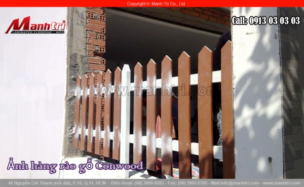 Hình ảnh cận cảnh hàng rào làm bằng gỗ Conwood