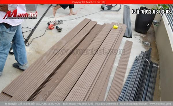 Hình ảnh thanh gỗ, thanh đà và dụng cụ thi công sàn gỗ