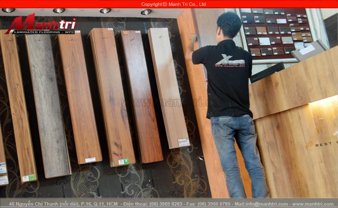 Hình ảnh mẫu gỗ công nghiệp Malaysia tại showroom Mạnh Trí