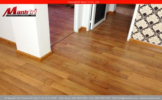 Hình ảnh sàn gỗ công nghiệp khi lót sàn hoàn thiện