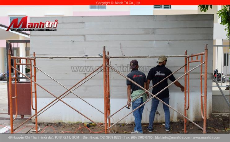 Hình ảnh tấm tường dùng gỗ Conwood ốp ngoài trời