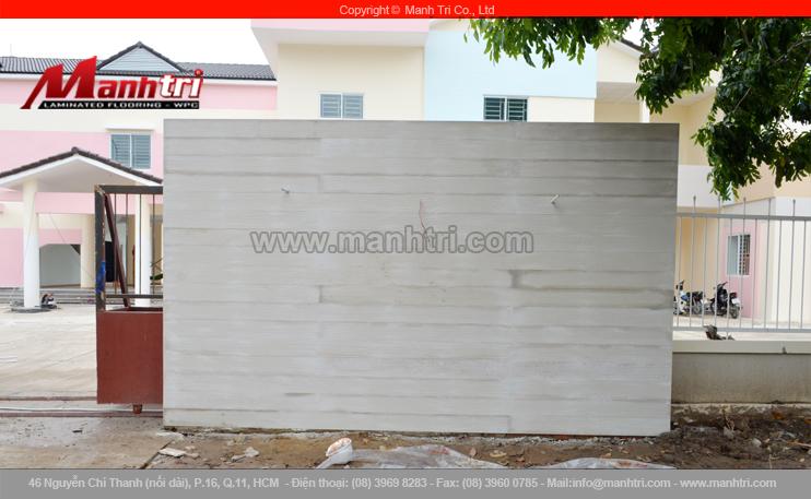 Hình ảnh tấm tường ốp tấm xi măng giả gỗ khi hoàn thiện