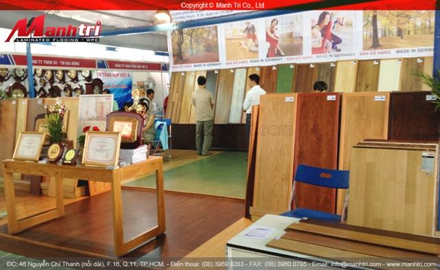 Khu trưng bày gỗ