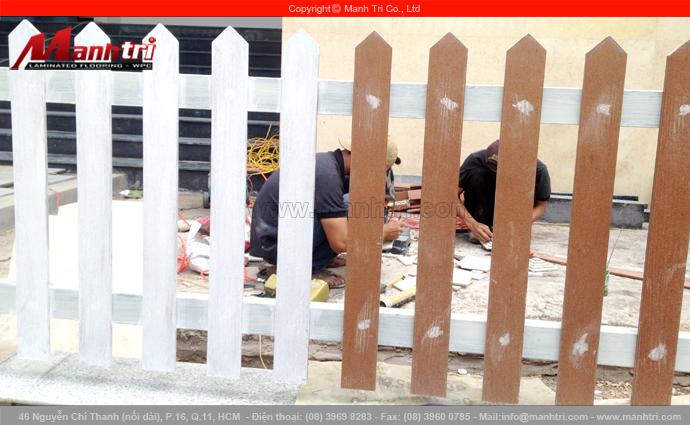 Hình ảnh hàng rào làm từ gỗ Conwood tại quận 10, TPHCM