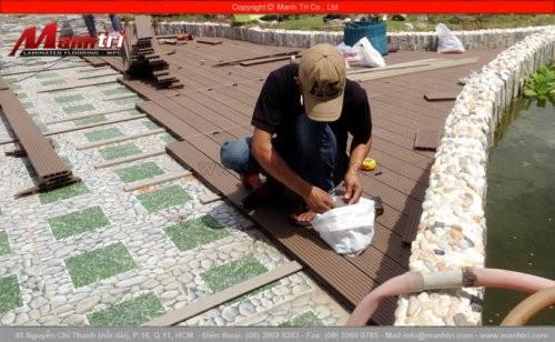 Thi công sàn gỗ ngoài trời Awood HD135x25 lắp đặt tại quận Bình Thạnh, Tp.HCM