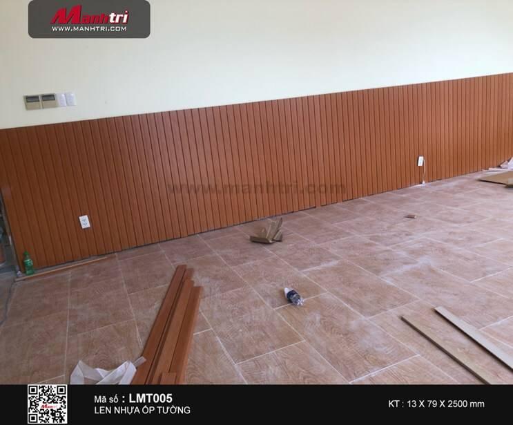 Thi công ốp tường len nhựa LMT005 tại Q.3, TP.HCM