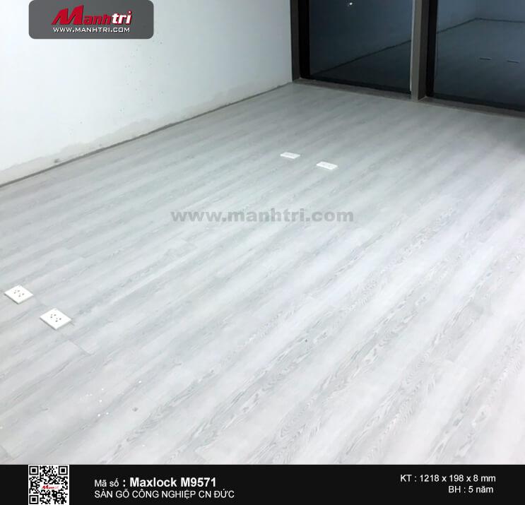 Thi công sàn gỗ công nghiệp MaxLock M9571 tại Cao Thắng, Q.3, TP.HCM