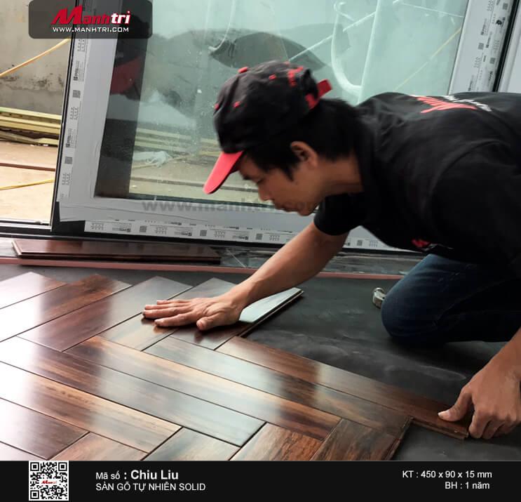 Thi công sàn gỗ tự nhiên Chiu Liu lót kiểu xương cá tại Tp.Vinh, Tỉnh Nghệ An (thuộc dự án Golden City 10)