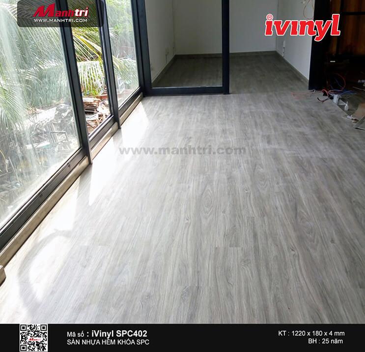 Thi công sàn nhựa hèm khóa iVinyl SPC 402 tại Mai Chí Thọ, Q.2