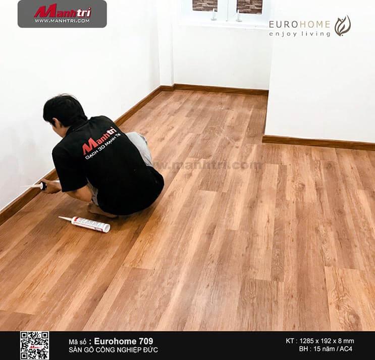 Thi công sàn gỗ công nghiệp Eurohome 709 tại Lê Lai, P.12, Q.Tân Bình