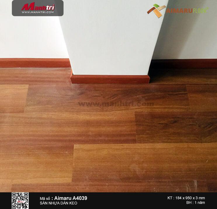 Thi công sàn nhựa dán keo Aimaru 4039 tại Trường Sa, P.17, Q. Bình Thạnh