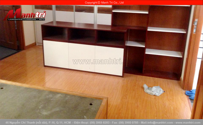 Sàn gỗ công nghiệp KingFloor 9002 tại nhà anh Nhân quận Tân Bình, TPHCM