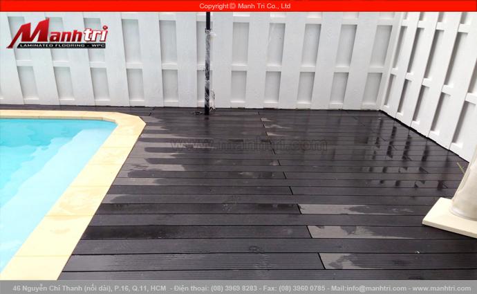 Sàn gỗ nhựa Awood HD135x25 lót sàn hồ bơi tại ngôi biệt thự Garden Thủ Đức ở quận Thủ Đức, TPHCM