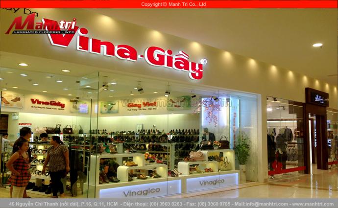 Gỗ công nghiệp KingFloor 8229 tại Showroom Vina Giầy quận Tân Phú, TPHCM