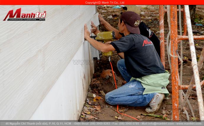 Gỗ Conwood ốp tường ngoài trời tại quận Tân Phú, TPHCM