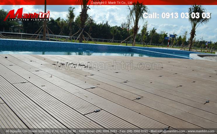 Lắp đặt sàn gỗ hồ bơi ngoài trời tại quận Thủ Đức, TPHCM